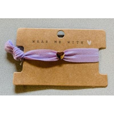 handgemaakt Armbandje elastiek  lila met klein hartje
