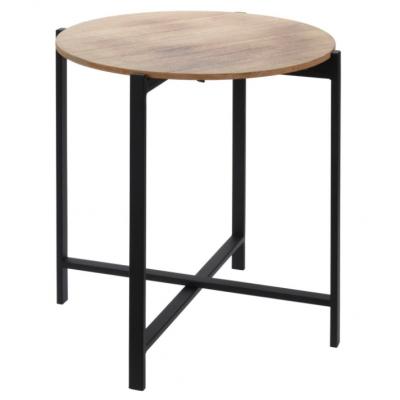 Houten tafel met metalen poten