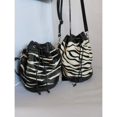 Bucketbag Zebra,wit-zwart