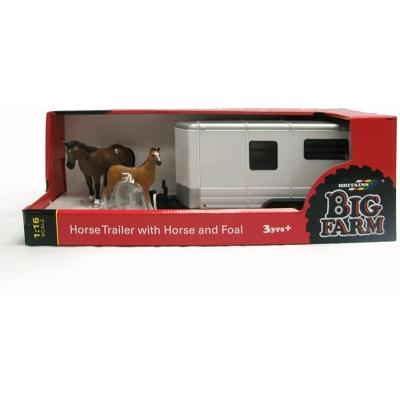 Big Farm Horse trailer with horse